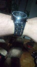 Título do anúncio: Relógios bonitos aço e borracha novos