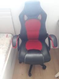 Cadeira Gamer Giratória Trevalla TL-CDG-06-5PR Preta E Vermelha Usada
