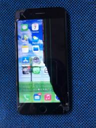 iPhone 8 Plus (64GB) trincado