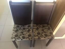 Vendo 4 cadeiras NÃO ENTREGO