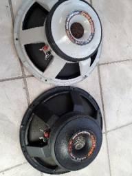 02 Auto falantes sub 15c 600w