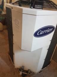 Unidade externa de Ar condicionado 58000 BTU Carrier