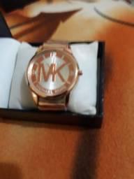 Vende um relógio mk para mulhe lindo