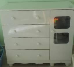 Comoda e guarda roupa c prateleiras