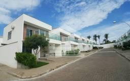 Casa em condominio com piscina e churrasqueira privativa
