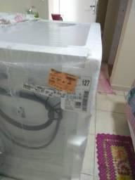 Máquina de lavar Eletrolux Lacrada