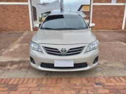 Vendo Toyota Corolla GLI 1.8 2012/2013 - 2013