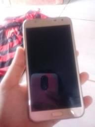 Vende-se celular Samsung J7 neo R$900,00
