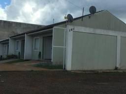Título do anúncio: Ótima residência c/ 02 quartos em cond Fechado (Uvaranas) - A/C Financiamento !!!