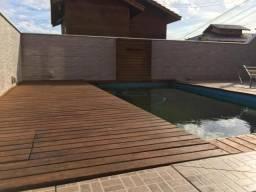 Linda casa com vista mar e piscina