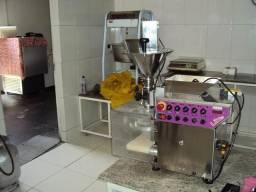 Máquina para fábrica de salgados