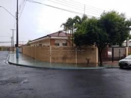 Casa à venda com 3 dormitórios em Barreiro, Jaboticabal cod:V4816