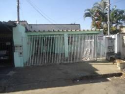 Casa para alugar com 3 dormitórios cod:CR67