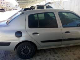 Carro Clio ótimo estado de conservação * - 2005