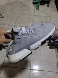 Tênis Adidas POD System 3.1 cinza tamanho 40