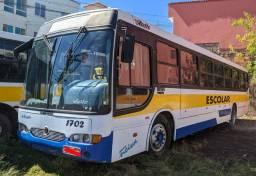 Viale U / Volvo B58 - 62 lugares