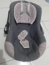 Bebê  conforto Tutti + Colchão de mini berço + Banheira rosa