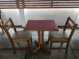 Equipamentos e móveis para restaurante