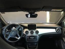 Mercedes GLA-200