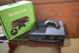 Xbox One na caixa