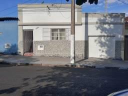 Casa no Centro Troca 100% em Carro ou Caminhonete