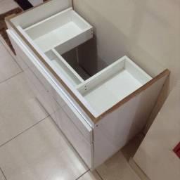Armário de banheiro MDF