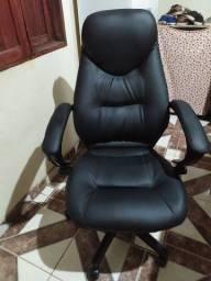 Vendo cadeira estilo presidente!!
