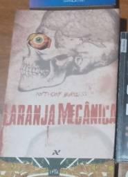 Livros: Laranja Mecânica/ O Corcunda de Notre Dame/ 1984/ Revolução dos Bichos