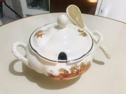Vende-se Sopeira de Porcelana Antiga Legítima