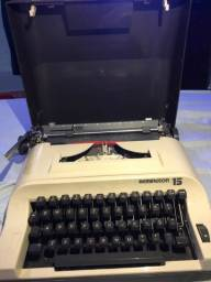 Título do anúncio: Máquina de escrever