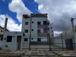 Apartamento com 3 dormitórios para alugar por R$ 800,00 - Candeias - Vitória da Conquista/