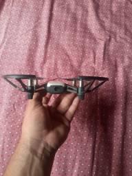 Vendo Drone Tello.  Pouco tempo de uso. Muito bom parainiciantes.