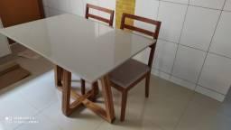 Título do anúncio: Mesa de madeira 4 lugares nova