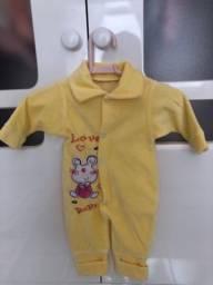 Macacão Suedine Amarelo