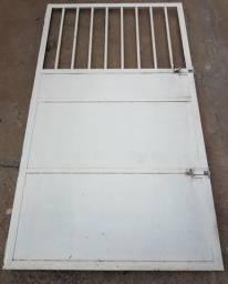 Porta de ferro / Grades