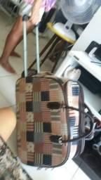 Vendo bolsa de viagem, usada uma única vez