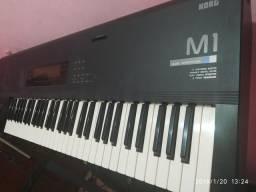 Teclado sintetizador Korg M1 super conservado