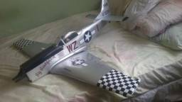 Aeromodelo p51 d mustang