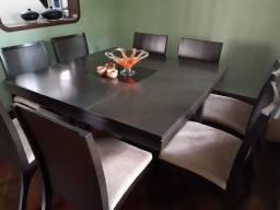 Mesa de jantar 1,5m x 1,5m. Luxo em ótimo estado.