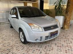 Ford fiesta hatch completão com gnv