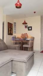Apartamento com área privativa, 3 quartos, suíte, 2 vagas de garagem, Bairro Sagrada Famíl