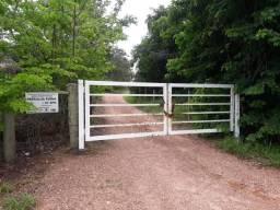 Fazenda 50 Alqueires 23 km Caldas Novas acesso todo asfalto! Porteira fechada