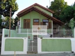 Casa linear estilo colonial