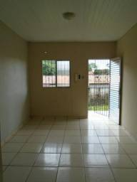 Alugo Apartamentos de 2/4 com 50 m2, no Conjunto Julia Seffer