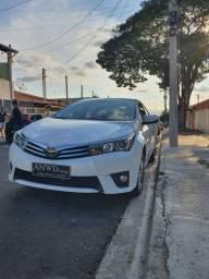 Corolla Altis 2017 com 46.000km carro de mulher aceito carro menor vlr!