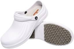 Sapato Crocs Profissional