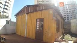 Casa de Madeira, com 3 Quartos para alugar, 70 m² por R$ 500/mês - Centro - Cascavel/PR