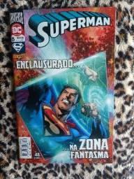 Superman enclausurado na zona fantasma