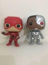 Pop funko Cyborg e flash DC