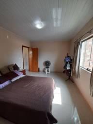 Vendo casa 2 pavimentos com 3 quartos